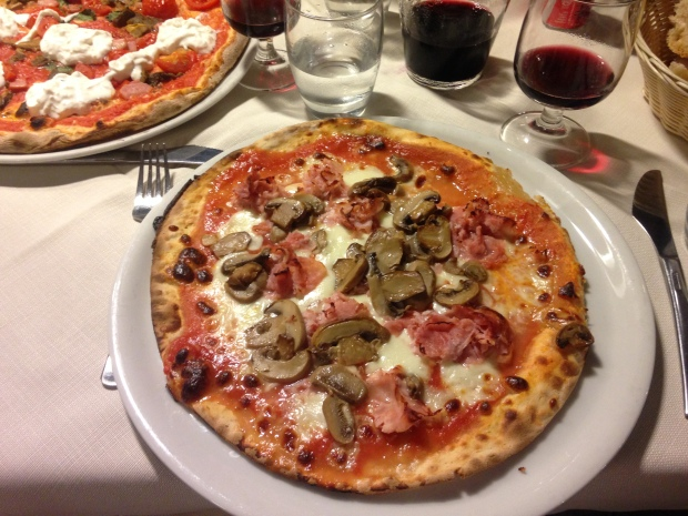 Pizza at Nettuno